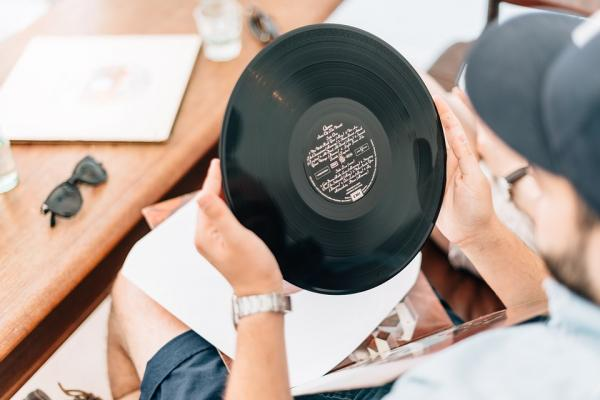 7 Tips to Keep Your Vinyl Records Sounding Great