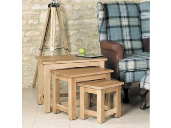 Oak Nest Of 3 Coffee Tables COR08A