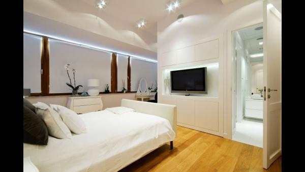 Pros and Cons of a TV in the Bedroom